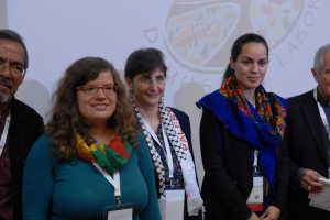 TeilnehmerInnen des Panels zu Flucht und Migration u.a. aus Palästina, Kurdistan und Europa